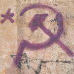 Beispiel für den Zeichentyp 'Ideogramm' - 'Hammer und Sichel' und '5-zackiger Stern'